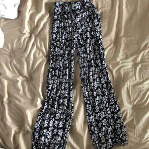 Floral billowy pants